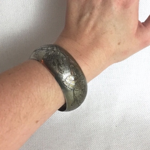 Vintage Jewelry - Boho Bangle Statement Bracelet Vintage Metal